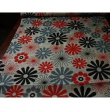 33-7 Красно-серо-черный цветочек. Бельевая ткань.
