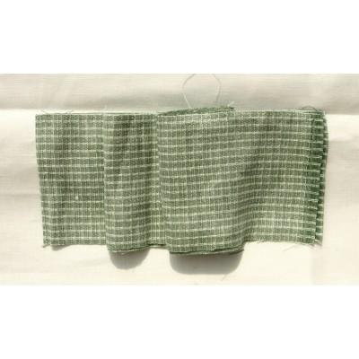 11-11 Зеленый лён в белую клетку. Костюмная ткань